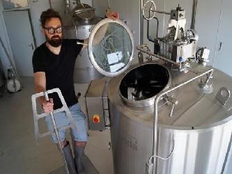 Filtrační nádoba pro pivovar De Poes, Belgie{lang}Filter tank for the De Poes Brewery, Belgium